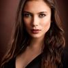 AAANielsen-Arvid-000000-Stephanie-in-brown-2020_2020WLC